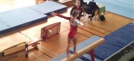Gimnastička ekipa Ekonomske škole osvojila prvo mesto na Međuokružnom takmičenju