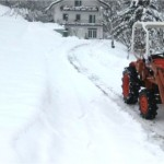 traktorm cisti sneg