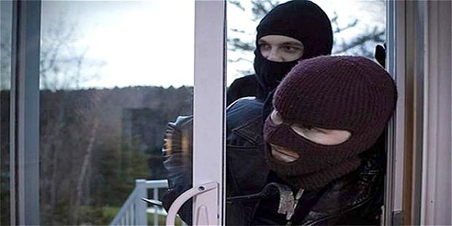 Provaljivali u porodične kuće u Majdanpeku i krali stvari