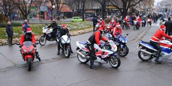 Sutra u Zaječaru Moto Deda Mraz