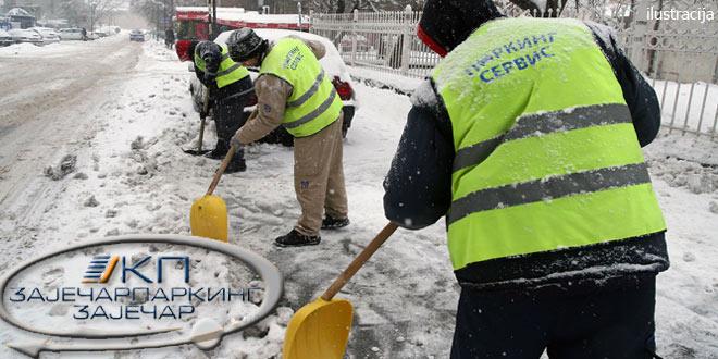 Zaječar: Intenzivno se čiste parkirališta! -Na Božić parking besplatan