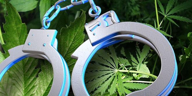 Kladovljanin uhapšen zbog droge -Dvojici maloletnika iz Kladova i Majdanpeka podnete krivične prijave