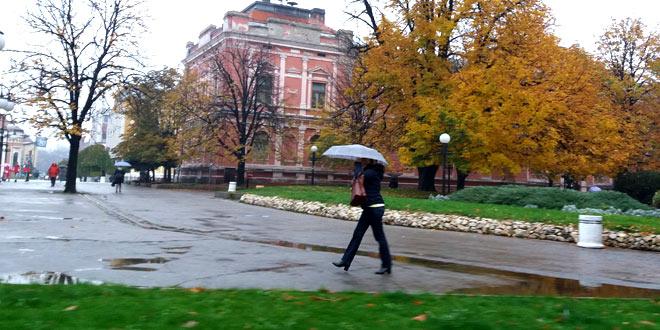 Kiša i grmljavina! Danas nigde bez kišobrana!