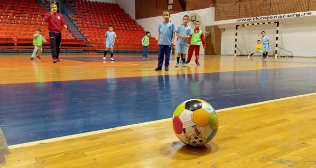 Završnica Mini maksi fudbalske lige Timočke krajine u subotu