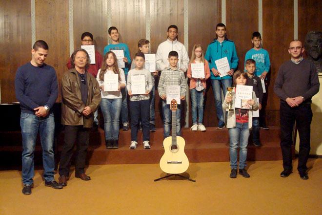 Photo of Međunarodni  festival gitare: NAGRADE DOBILO 13 UČENIKA IZ ZAJEČARA– MATEJA VUJIĆ PROGLAŠEN ZA LAUREATA