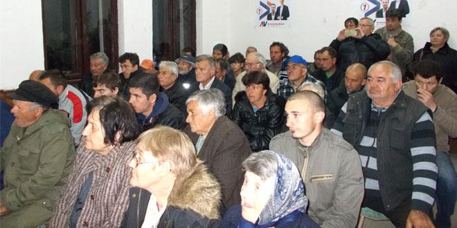 Tribina u Malom Izvoru -Čikarić: Moramo da krenemo da se bavimo i gradom i selima!