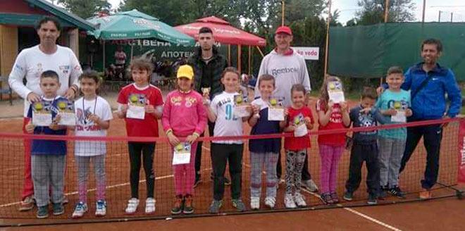 Regionalni teniski turnir AS Timok Open: Uspešni zaječarski teniseri!