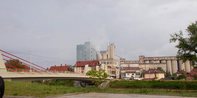 STIŽE PROMENA VREMENA -U većem delu Srbije oblačno sa kišom, narednih dana…