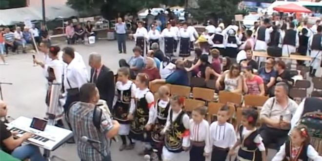 """Međunarodni sabor u pesmi i igri """"Petrovdan fest"""", sutra, 13. jula u Oštrelju"""