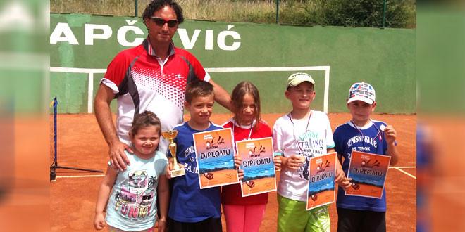 Bravo! Nove medalje i pehari za mlade zaječarske tenisere As Timoka!
