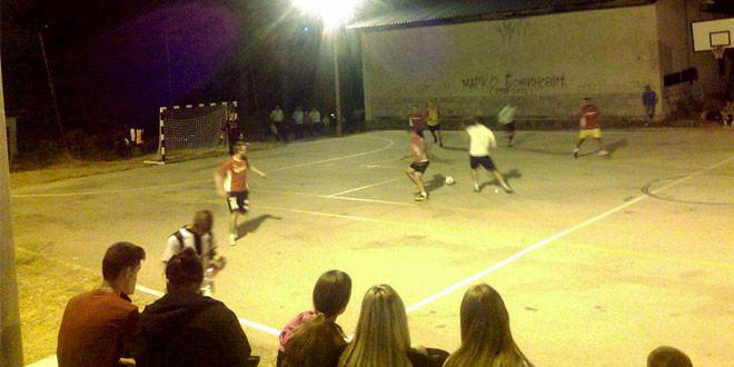 Održan tradicionalni noćni turnir u malom fudbalu u Osniću (FOTO)