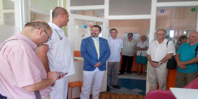 Rotari klub Zaječar uručio komplete posteljina zaječarskom Dečijem odeljenju