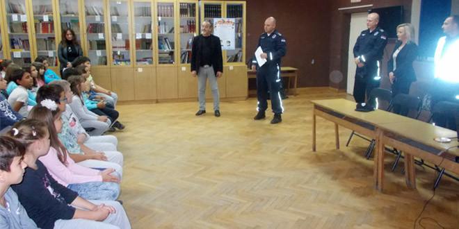 """U Zaječaru održan prvi čas iz programa """"Osnovi bezbednosti dece"""" (FOTO)"""