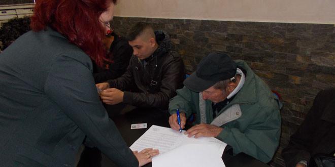 Zaječar: Potpisani ugovori o dodeli subvencija za razvoj voćarstva u 2017. godini