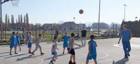 """Održan """"Sportski dan"""" na Popovoj plaži u Zaječaru -Mladi sportisti pokazali zavidno sportsko umeće (FOTO)"""
