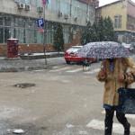 VEJE LI, VEJE: U istočnoj Srbiji danas oblačno sa snegom -OPREZ U VOŽNJI!