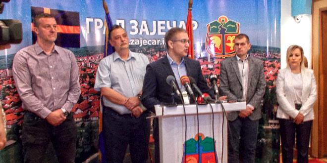 Photo of Ministar Stefanović u Zaječaru: HOĆEMO DA SE BORIMO ZA ZAJEČAR, ZA INVESTICIJE,  DA LJUDI VIŠE NE ODLAZE