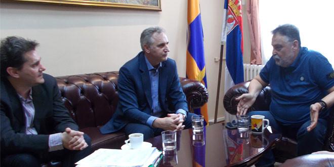 Sastali se Ničić i Martinović: OKO 250 LJUDI BIĆE ANGAŽOVANO NA SEZONSKIM POSLOVIMA U ZAJEČARSKIM JAVNIM PREDUZEĆIMA I USTANOVAMA