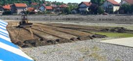 Počelo pripremanje plaže za novu kupališnu sezonu (FOTO)