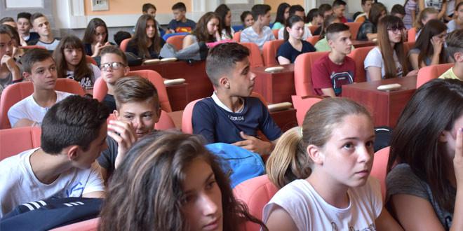 Budućnost na jednom mestu i mladost za ponos: URUČENE DIPLOME NAJUSPEŠNIJIM ZAJEČARSKIM SPORTISTIMA (FOTO)