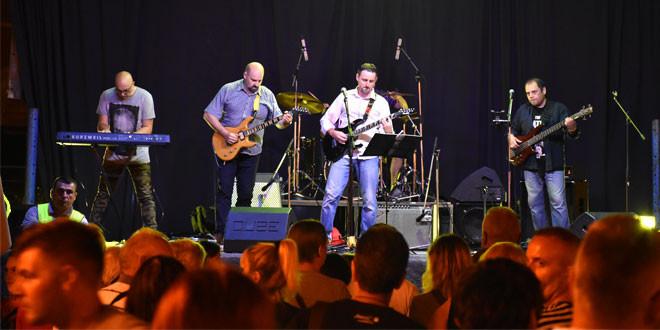 SRCE ZA PRIJATELJE: Zaječarci sinoć uživali u fenomenalnom koncertu Roktora (FOTO)