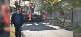 Počelo asfaltiranje u Halovu -Ove jeseni uređuje se više od 36 kilometara puteva
