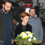 GLUMCU U ČAST: Položeni venci na spomenik Zoranu Radmiloviću