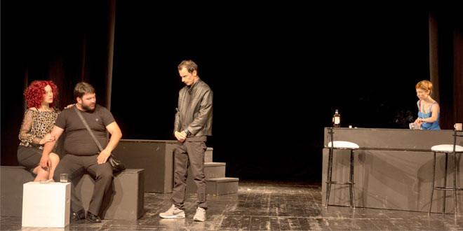 """Predstava """"Bizarno"""" na sceni zaječarskog pozorišta"""