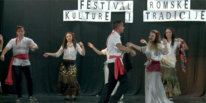 Održan prvi Festival romske kulture i tradicije -Marković: Grad svakodnevno radi na osnaživanju položaja Roma