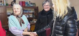 Ljudi dobrog srca još uvek postoje: Upoznajte Dragicu Miladinović iz Lasova, koja nesebično pomaže ljudima