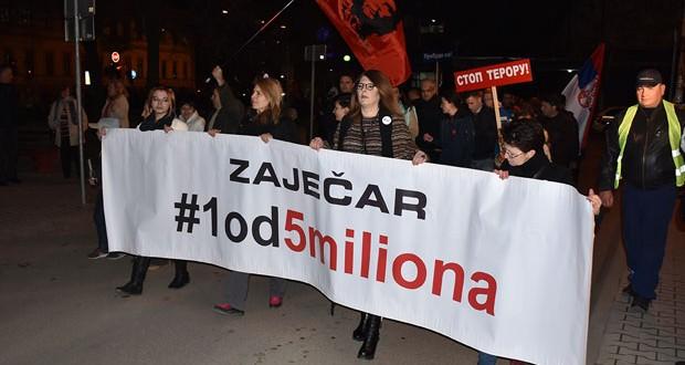 """Zaječar: Održan deveti protest """"1 od 5 miliona"""""""