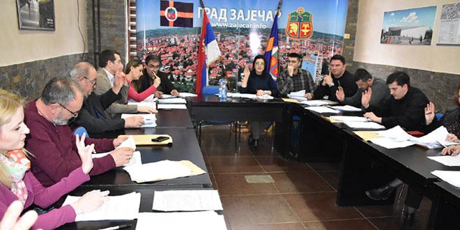 Zaječar: Većnici usvojili izmene i dopune odluka o Gradskoj upravi, Gradskom veću i mesnim zajednicama