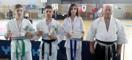 """Karatisti Gradskog karate kluba """"Zaječar"""" iz Niša se vratili sa 3 zlatne i jednu bronzanu medalju"""