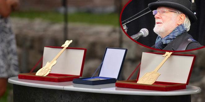 Gradonačelnik Zaječara Boško Ničić predaje ključeve grada ovogodišnjem rokonačelniku