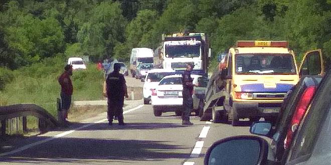 Photo of NA  PUTU PARAĆIN – ZAJEČAR u dve saobraćajke TRI OSOBE POVREĐENE