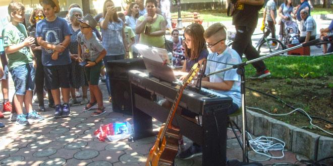 Svetski dan muzike obeležen i na zaječarskom skveru