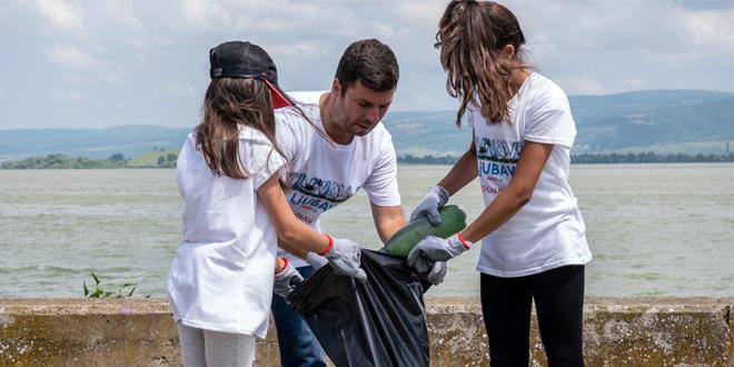 VELIKA AKCIJA ČIŠĆENJA DUNAVA: 350 volontera sakupilo više od 2,5 tone otpada
