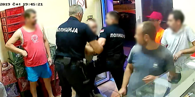 Uhapšen Zaječarac OSUMNJIČEN DA JE PRETIO radnicima lokala brze hrane I VREĐAO POLICAJCE