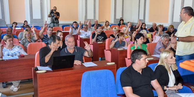 Skupština grada o otpisu duga i kadrovskim promenama