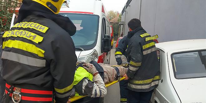Nesreća na gradilištu u centru Zaječara: RADNIK PAO SA SKELE, TEŠKO POVREĐEN