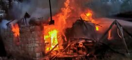 POŽAR U VRATARNICI Potpuno izgoreo ekonomski objekat