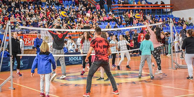 "Priređena manifestacija ""Mali sajam sporta"" (FOTO)"