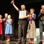 """Predstava """"Sjećaš li se Doli Bel"""" pozdravljena gromoglasnim aplauzom -Zoranov brk brilijantnom Emiru Hadžihafizbegoviću"""