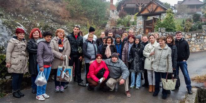 """Centar za socijalni rad """"Zaječar"""" organizovao izlet za korisnike usluge porodičnog smeštaja za odrasla i starija lica"""