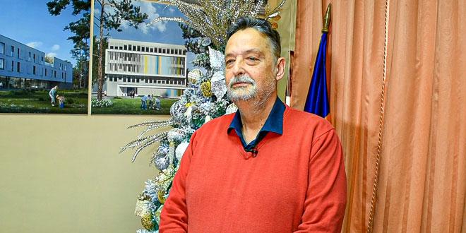 Novogodišnja čestitka gradonačelnika Ničića: Mnogo toga je urađeno u ovoj godini, neka nam naredna bude još bolja (VIDEO)