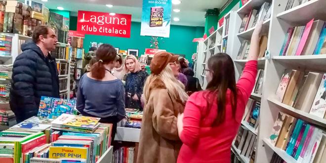"""Redovi do ponoći: Veliko interesovanje za """"Noć knjige"""""""
