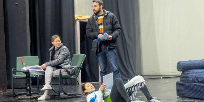 """Photo of U zaječarskom pozorištu u toku rad na predstavi """"Idem u lov"""" -Premijera na Dan pozorišta"""