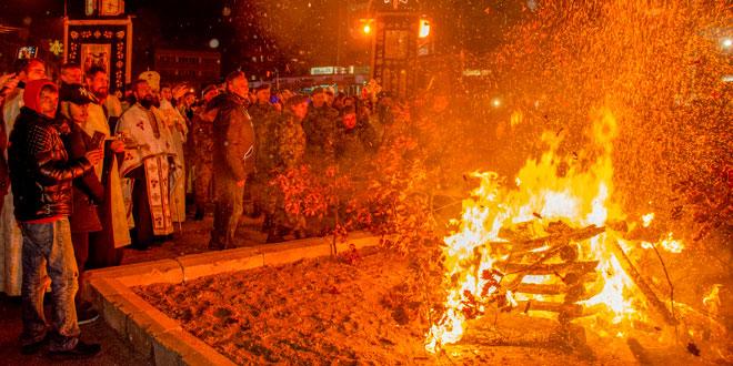 Photo of Na zaječarskom skveru proslavljeno Badnje veče