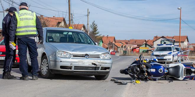 Saobraćajka u Kotlujevcu: POVREĐEN MOTOCIKLISTA